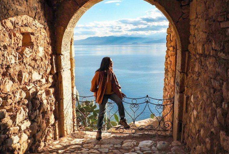 Ji Ye, 2017, in Greece