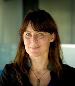 Dr. Lisa Kartenegger