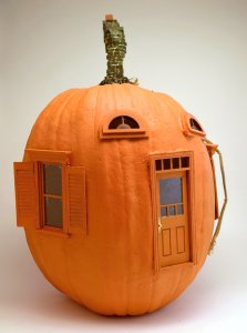 Faux-Pumpkin-Head by Jonathan B. Wright, photograph by the artist.