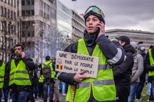 """Mouvement des gilets jaunes Bruxelles"" by Pelle De Brabander is licensed under CC BY 2.0 [creativecommons.org/licenses/by/2.0]"