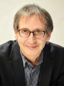 Swanlund Professor of Physics Nigel Goldenfeld
