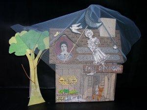 Emily Dickinson, Sesgo de Luz (Vigia 1998), house with veil - estuche con vela